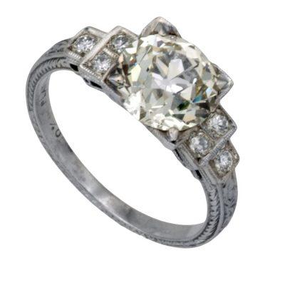 2.01 Carats Vintage Engagement Ring