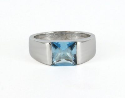 18kt White Gold Cartier Ring