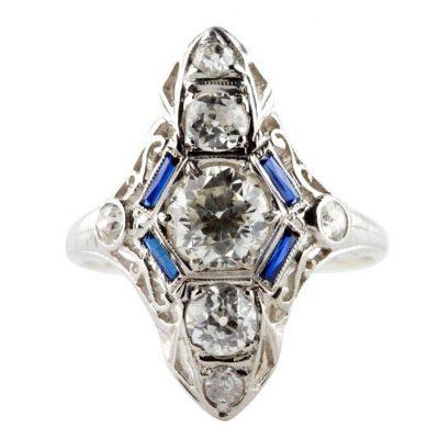 Classic 1920s Diamond Platinum Ring