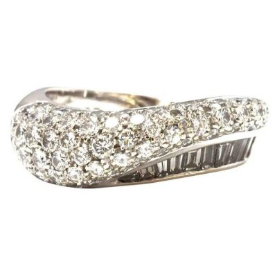 Boucheron Diamond and Platinum Ring
