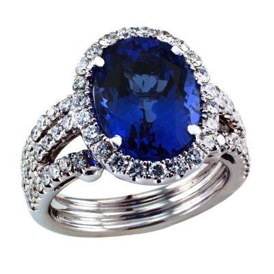 Impressive Tanzanite & Diamond Ring