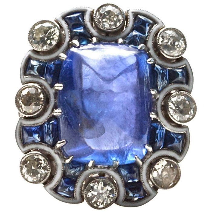 Color Changing Sugarloaf Sapphire Ring
