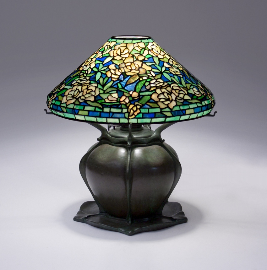 Tiffany Studios Wild Rose Table Lamp