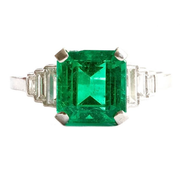 Colombian Emerald Diamond Platinum Ring
