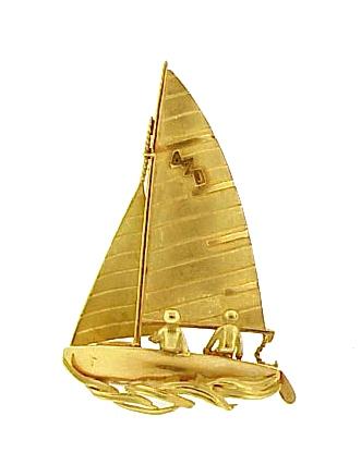 French Retro 18K Gold Racing Yacht Brooch